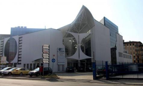 Galleria-crispi-esterno-1024x619